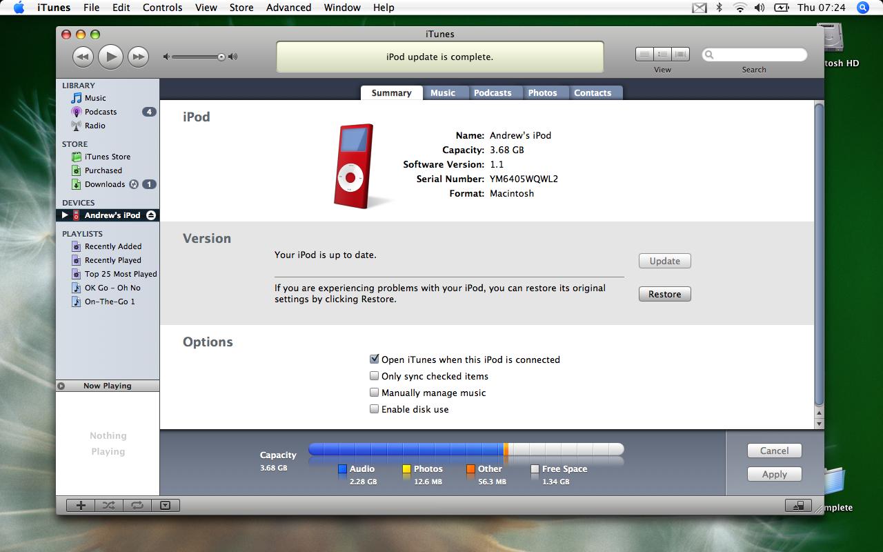 iTunes desk