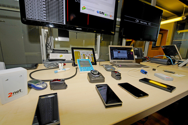 smartphones and computers table