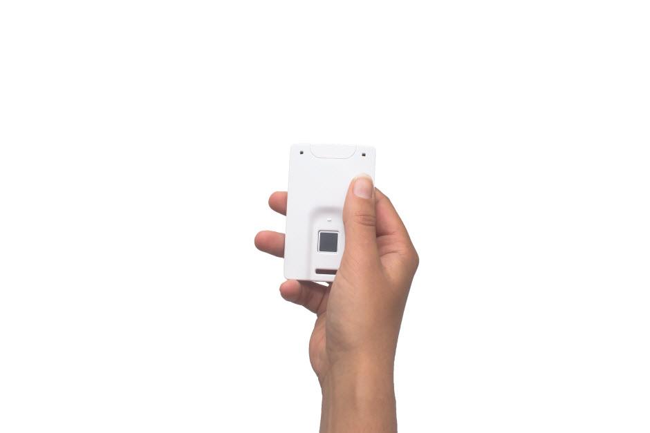 prototipo-tarjeta-huella-dactilar